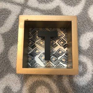 Wood T Accent Piece
